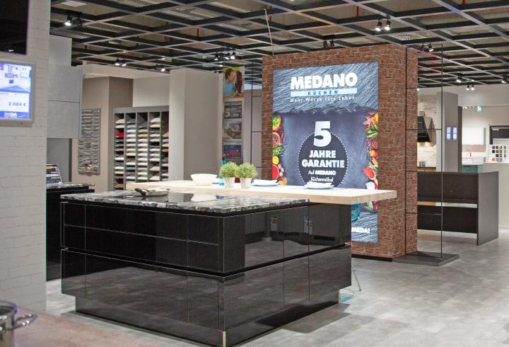Designerküche mit Kücheninsel von MEDANO Pure