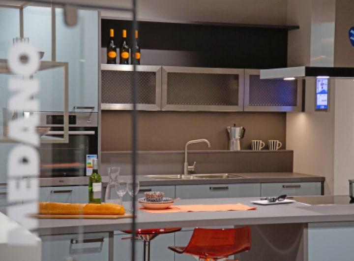 Maßgeschneiderte Küchenzeile von MEDANO