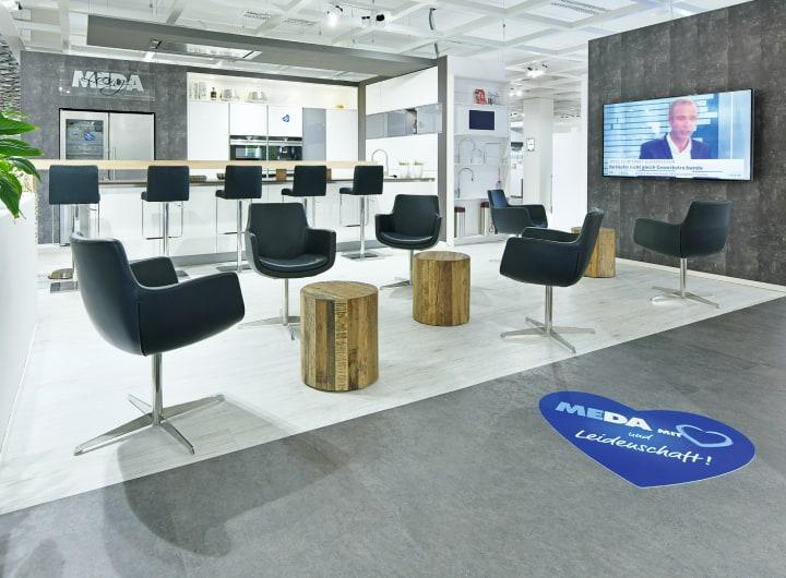 Sitzgelegenheiten im Küchenstudio Bonn