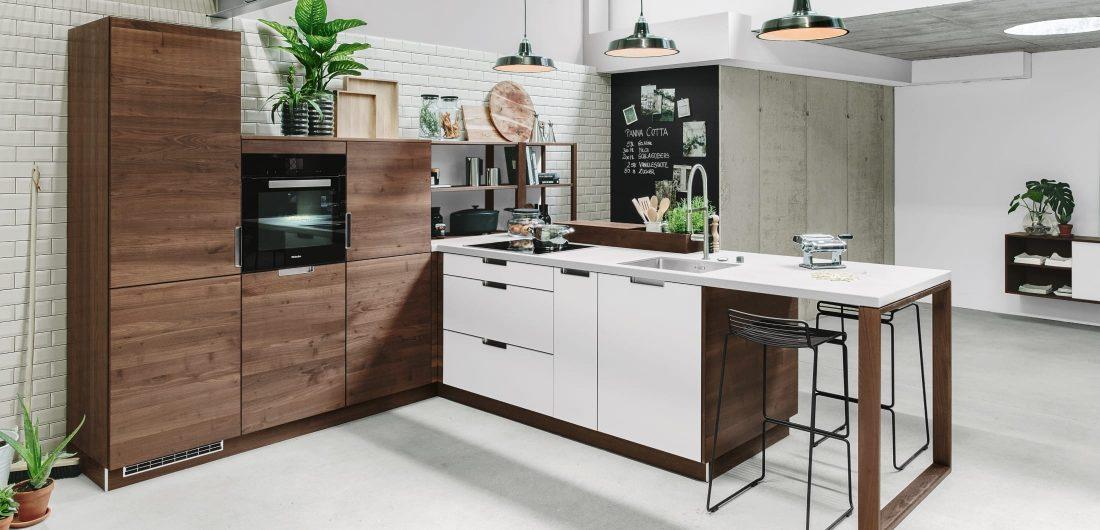 Küche mit Holzoptik