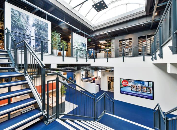 Treppenhaus im Küchenstudio Wiesbaden